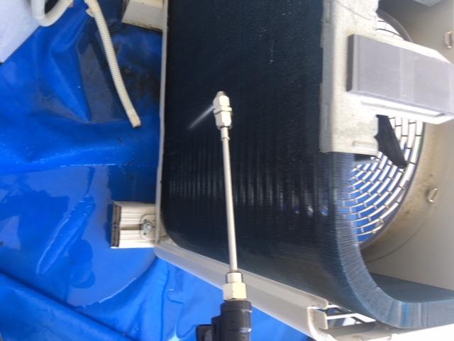 エアコン室外機クリーニング方法
