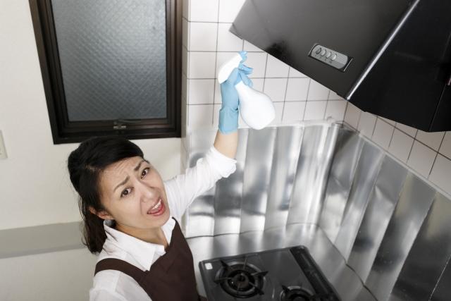 台所換気扇「プロペラ式」クリーニングの極意